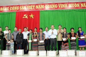 Phó Thủ tướng Trương Hòa Bình kiểm tra tình hình mưa lũ tại miền Trung