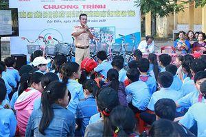 Giáo dục an toàn giao thông cho học sinh THCS và THPT