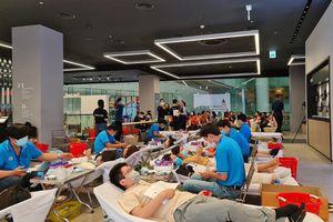 Samsung Vina và Roche Việt Nam đồng hành tổ chức chương trình 'Hiến máu, cứu người'
