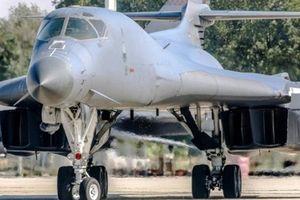 Quân đội Mỹ điều 4 máy bay ném bom, 200 phi công tới đảo Guam