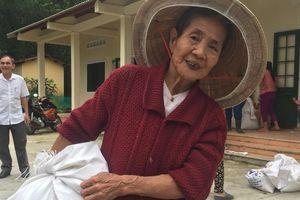 Thừa Thiên Huế: Phân bổ kịp thời lương thực hỗ trợ người dân chịu ảnh hưởng mưa lũ