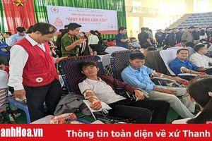 Sôi nổi Ngày hội hiến máu tình nguyện huyện Thọ Xuân - 'Giọt hồng Lam Sơn'