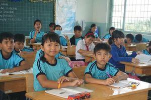 Thực hư việc học sinh bị buộc học thêm ngoài giờ ở Củ Chi
