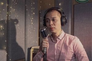 Ca sĩ Nam Khánh hát 'Lũ ơi xin đừng về' hướng về Trung