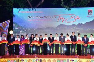Khai mạc 'Sắc màu Sơn La Tây Bắc' tại Hà Nội