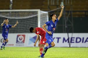Đương kim vô địch và đội chủ nhà bị loại ở giải U15 Quốc gia