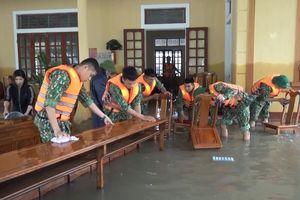 Huy động lực lượng giúp dân sau mưa lũ và phòng chống bão số 8