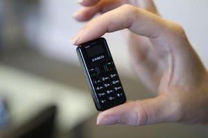 Ngắm lại dàn điện thoại siêu nhỏ trước khi iPhone 12 mini xuất hiện