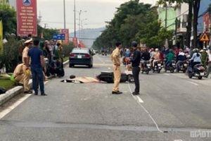 Tin tức tai nạn giao thông ngày 24/10: Xe máy va chạm ô tô, nam thanh niên tử vong