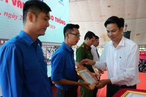 Hơn 300 đoàn viên, thanh niên tham gia ngày hội 'Thanh niên với văn hóa giao thông'