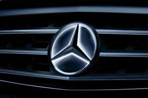 Mercedes-Benz GLE, GLS bị triệu hồi vì logo ngôi sao phát sáng