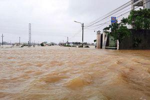 Tung tin đồn thất thiệt về bão lũ miền Trung có thể bị phạt tù tới 7 năm