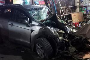 Vụ ôtô lao vào nhà dân làm 3 người chết: Tài xế ra đầu thú
