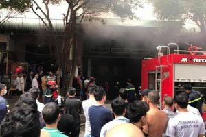 Hà Nội: Cháy tầng hầm chung cư Đại Thanh khiến hàng trăm người tháo chạy