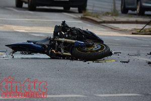 Xe khách lấn làn đâm trực diện xe máy khiến 1 người tử vong