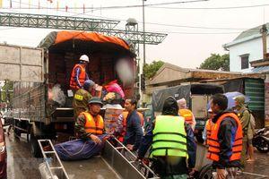 Phân bổ hàng hóa, thiết bị hỗ trợ khắc phục hậu quả mưa lũ