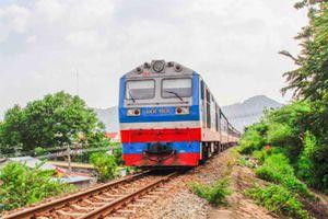 Ngành Đường sắt: Vận chuyển miễn phí hàng cứu trợ đồng bào miền Trung
