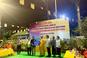 Cộng đồng người Việt Nam tại Lào chuyển 100 triệu kip về Việt Nam ủng hộ đồng bào miền Trung