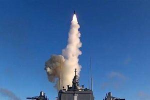 CNN khẳng định 'chim báo bão' hạt nhân của Tổng thống Putin bắt đầu 'vỗ cánh'