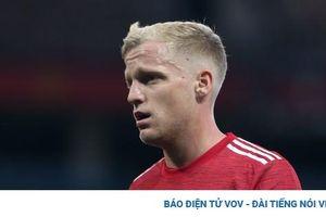 Patrice Evra: 'MU không cần Van De Beek'
