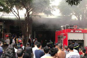 Kịp thời dập tắt đám cháy tại hầm chung cư Đại Thanh