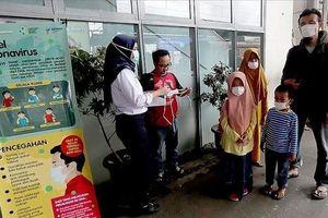 Đứng đầu Đông Nam Á về số ca nhiễm Covid-19, Indonesia gia hạn giãn cách xã hội
