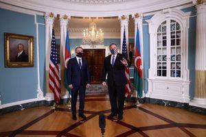 Armenia và Azerbaijan ngừng bắn lần ba