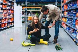 Đòi siêu thị bồi thường 1,3 triệu AUD vì bị trượt bởi quả nho