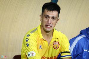 Ai đang cố tình 'dìm chết' Nam Định ở V.League?