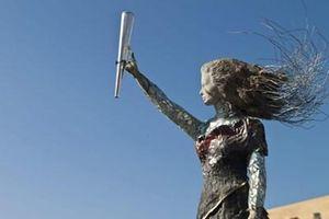 Liban: Bức tượng làm từ những mảnh vỡ trong vụ nổ tại cảng Beirut
