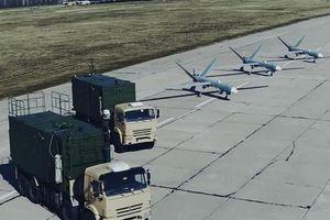 UCAV Nga bay trên tầm với MANPADS, điều khiển UAV khác