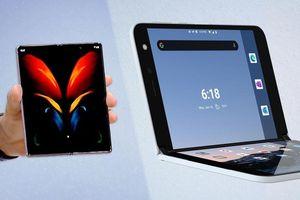 Samsung Galaxy Z Fold 2 và Surface Duo: Nên chọn điện thoại gập nào trong tầm giá 50 triệu đồng?