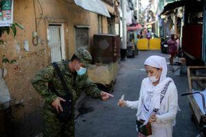 Philippines trục xuất một lúc gần 3.000 người TQ về nước
