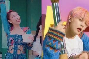 Jennie BLACKPINK & YeonJun TXT đụng hàng khiến netizen nghi ngờ 2 nhóm 'xài' chung stylist