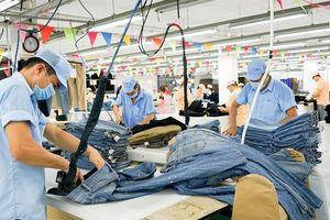 Thời trang Việt thích vải Trung Quốc hơn Hàn Quốc?