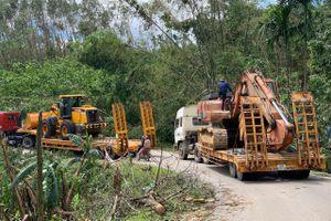 Đưa máy móc vào khu vực tìm kiếm 45 người bị vùi lấp ở Trà Leng