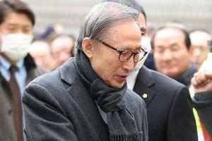 Cựu Tổng thống Hàn Quốc Lee Myung Bak lãnh án 17 năm tù