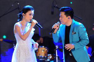 Tình thân của Lam Trường trong đêm nhạc có 20 khán giả