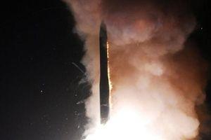 Nga đang giúp Mỹ tạo ra vũ khí hạt nhân mới?