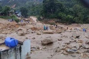 Quảng Nam: Thêm một vụ lở đất vùi lấp 11 người