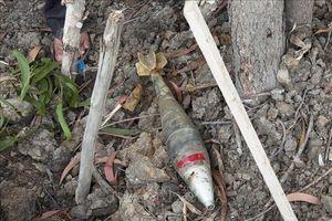 Mưa lũ làm phát lộ nhiều bom, mìn tại Quảng Trị