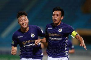 Viettel đấu Hà Nội FC: Trọng tài ơi, đừng vô tình sai!