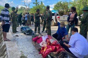 Cứu sống 33 người trong vụ sạt lở kinh hoàng tại xã Trà Leng