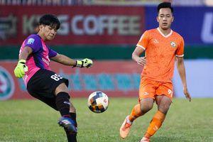 Người suýt làm CLB Bình Định mất vui ngày thăng hạng V.League