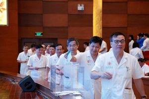 Bệnh viện Trung ương Quân đội 108 ủng hộ đồng bào miền Trung bị bão lũ