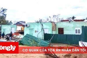 Những ngôi nhà 'không mái' sau bão số 9