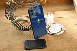 Hướng dẫn chọn sạc cho iPhone 12