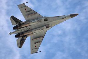 Việt Nam đặt hàng vũ khí Nga: Hy vọng có Su-35, S-400...