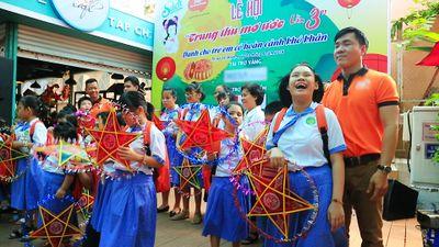 'Trung thu mơ ước': Lễ hội của lòng nhân ái