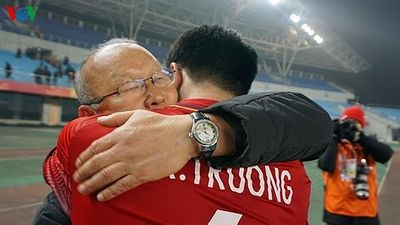 HLV Park Hang Seo: Trở về từ kỳ nghỉ là 'cơn đau đầu' AFF Cup